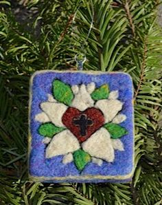 Needle Felted Wool Luther Rose Cross Ornament by WhitePeacockArts Wet Felting, Needle Felting, Felted Wool, Wool Felt, Luther Rose, Lutheran, Felt Ornaments, Seal, Unique Jewelry