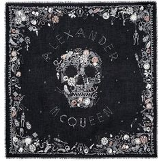 Alexander McQueen 'Jewelled Skull' print silk-modal scarf (€1.180) ❤ liked on Polyvore featuring accessories, scarves, black, skull shawl, pure silk scarves, silk shawl, alexander mcqueen scarves and silk scarves