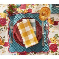 Pioneer Woman Solid/Retro Quilted Reversible Placemats, Pack of 4