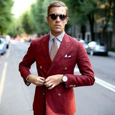 #Red #suit gets you even more attention. Follow @9leaders.club #menwithclass ---  belongs to it's respective owner