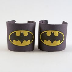 Batman Wrist Cuffs Make your favorite bat girl or boy their very own set of bat wrist cuffs to go with their Halloween costume or just for dress up.