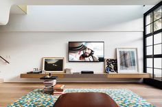 Bougainvillea Row House by Luigi Rosselli Architects