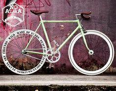 Fixied Gear! No Azara Bikes.