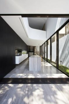 Image 2 of 21 from gallery of Tusculum Residence / Smart Design Studio. Courtesy of smart design studio Australian Interior Design, Interior Design Awards, Home Interior Design, Australian Architecture, Design Interiors, Interior Ideas, Modern Interior, Design Studio, House Design