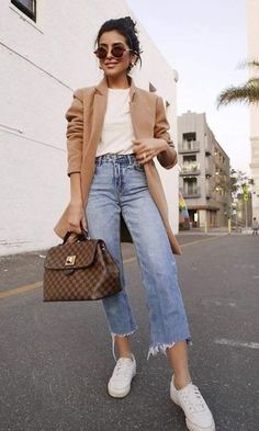 65 Trendy Summer Outfits to Wear Now Vol. 3 65 Trendy Summer Outfits to Wear Now Vol. Casual Chic Outfits, Outfit Chic, Trendy Summer Outfits, Casual Chic Style, Fall Outfits, Casual Summer, Casual Style For Women, Autumn Outfits Women, Ootd Chic