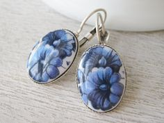 Blue and White Floral Earrings Vintage Milk by dellabellaBoutique