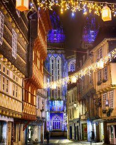 Quimper De Nuit Noel Approche Source Par Audic2417 Quimper Vivreaquimper Noelaquimper Quimpermaville Ca En 2020 Avec Images Bretagne Tourisme Finistere Sud Finistere
