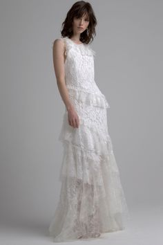 See the complete Sachin & Babi Bridal Fall 2017 collection.