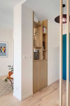 Appartement Boulogne : un - Home Decora La Maison Apartment Interior Design, Home Interior, Indoor Glass Doors, Living Place, Guest Room Office, Sweet Home Alabama, Classic House, Interior Inspiration, Small Spaces