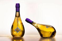 + Design de embalagem :   Projeto interessante, desenvolvido por Pereira & O'Dell, para o azeite de oliva Callegari.