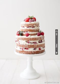 naked strawberry & raspberry shortcake | CHECK OUT MORE IDEAS AT WEDDINGPINS.NET | #weddings #weddinginspiration #inspirational