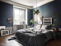 Scandinavian bedroom with dark blue wall | Interesting Beautiful ...