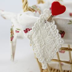 20 PCS Handmade DIY Water Soluble 100% Cotton Rhombus Embroiery Lace Rose Applique Patch