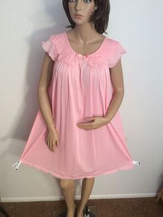 VTG 60's SHADOWLINE Knee Length Bright Pink Nylon Nightgown Medium #Shadowline