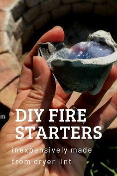 Make a simple DIY Firestarter from recycled dryer lint and other recycled items. These campfire starters are the easiest way on how to start a fire. Outdoor Survival, Survival Tips, Survival Skills, Simple Diy, Easy Diy, Cooking Over Fire, Camping Fire Starters, Making Homemade Pizza, How To Make Fire