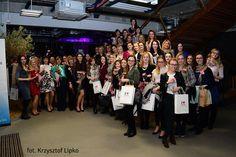 Na to spotkanie czekało wiele kobiet. Zarówno doświadczone bywalczynie jak i nowe uczestniczki musiały z uwagą śledzić profil społeczności Kobieta Przedsiębiorcza Trójmiasto, zaproszenia bowiem rozeszły się w niecałą minutę!