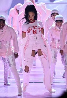 Rihanna Kicks Off the VMAs In Totally Badass Baby Pink