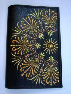 Mandala style front cover of journal? Dot Art Painting, Mandala Painting, Mandala Pattern, Mandala Design, Aboriginal Dot Art, Point Paint, Mandala Art Lesson, Mandala Canvas, Mandala Rocks