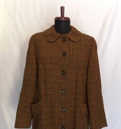 1950s Tartan Plaid Scottish Wool Coat, I like the general form and the details on collar and pockets