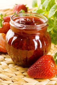 Jam Jar, Celery, Pickles, Salsa, Diy And Crafts, Deserts, Good Food, Sweets, Healthy Recipes