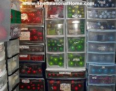organizing ornaments by color at seasonalhome.wpress.com