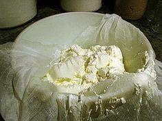 EASY homemade cream cheese- mesophilic starter and no rennet, no cooking.  YES.