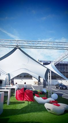 Truss frame shade structure