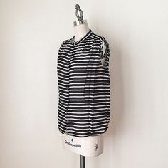 "J CREW | Sleeveless Striped Top FEATURES:  *Mandarin collar  *Pleating detail at shoulders  *Relaxed fit  *100% lightweight cotton  MEASUREMENTS: Bust - 40""  Waist - 41""  Length - 23 1/2""  ✅ Excellent condition ⛔️ NO SWAPS/TRADES/RESERVES J. Crew Tops"