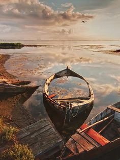 rowboat, sky, water