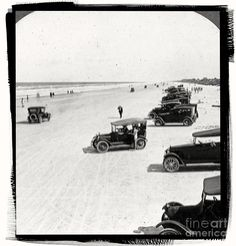 Daytona Beach Florida by Edward Fielding Vintage Daytona Beach Florida. Daytona Beach Hotels, Daytona Beach Florida, Florida Girl, Vintage Florida, Old Florida, Florida Beaches, Florida Maps, Beach Art, Ocean Beach