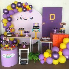 Friends Birthday Cake, Friends Cake, 13th Birthday Parties, Birthday Party For Teens, 14th Birthday, Friends Show, Birthday Party Themes, Party Decoration, Birthday Decorations