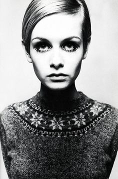 Twiggy photographed by Barry Lategan, 1966 with those signature eyes