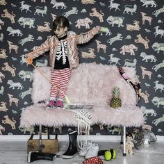 A playful classic wallpaper pattern from the Familj Collection. Roll Size : x 53 cm Repeat : cm Kids Room Wallpaper, Wallpaper Decor, New Wallpaper, Black Wallpaper, Classic Wallpaper, Cool Kids Rooms, Boutique Deco, Latest Wallpapers, Nursery Inspiration