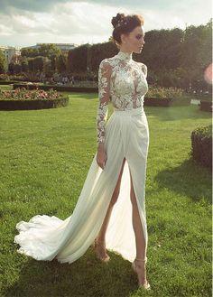 Fabulous Chiffon High Collar Neckline See-through Sheath Wedding Dresses With Lace Appliques