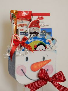 Snowman Snack Gift Basket Business Profile, Novelty Items, Giving, Gift Baskets, Floral Arrangements, Party Favors, Snowman, Custom Design, Gifts
