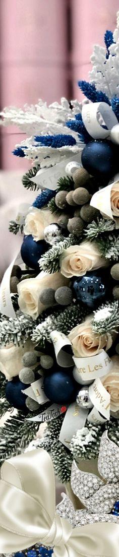 ❈Téa Tosh❈ #Christmas #teatosh 80b Wedding Cake Rustic, Wedding Cakes, Blue Christmas, Merry Christmas, Stork Cake, Pop Custom, Box Roses, Classic Cake, Christmas Pudding