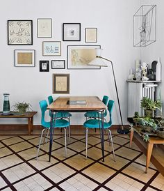 http://www.telegraph.co.uk/lifestyle/interiors/11496553/Living-in-a-1950s-time-warp.html