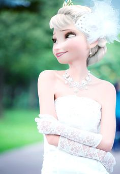 This is a great wedding edit for Elsa. I love edits that look like Elsa herself actually posed for this pic. Princesa Disney Frozen, Disney Frozen Elsa, Arendelle Frozen, Disney Actual, Cute Disney, Walt Disney, Disney Princess Pictures, Disney Princess Drawings, Disney Princesses