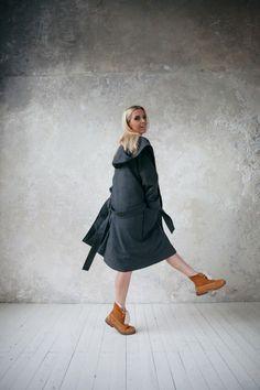 Пальто с капюшоном (зимнее)