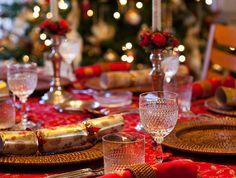 Festive Dinnerware - Festive Dinner Table Decoration  #festive #crystalware #dining #tableware #holiday #spaceio