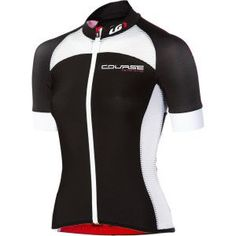 Reviews of six cycling kits for women from Triathlete magazine