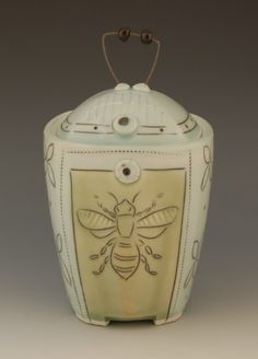 Julie Wiggins Pottery Home Page