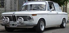 BMW 2002 TI 1973. Alemán de origen.  http://www.arcar.org/autosantiguos.aspx?qma=bmw