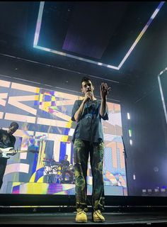The 1975 Wallpaper, The 1975 Concert, Matty Healy, Most Favorite, Babe, Handsome, Singer, Fashion, Moda