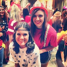 Fireman and Dalmatian, cute friends costume idea or big little reveal Dynamic Duo Costumes, Famous Duos, Little Sister Gifts, Friend Costumes, Homecoming Week, Delta Girl, Big Little Reveal, Dynamic Duos, Delta Zeta