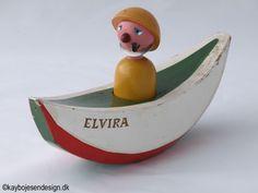 ¤ Kay Bojesen - The Elvira-boat with man Scandinavian Toys, Puppet Toys, Pull Toy, Wooden Dolls, Antique Toys, Danish Design, Vintage Wood, Vintage Children, Wood Art
