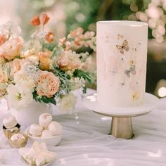 Pillar Candles, Wedding Events, Everything, Butterflies, Parties, Words, Instagram, Fiestas, Butterfly