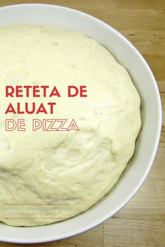 Pregatind in casa reteta de aluat de pizza vom avea oricad la indemana, intr-un timp scurt, un aluat de pizza minunat, la un cost economic! Healthy Eating Recipes, Cooking Recipes, Finger Food Desserts, Bubble Bread, Cake Recipes, Dessert Recipes, Pita, Sports Food, Good Food