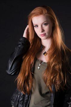 Juvenile redhead beauty