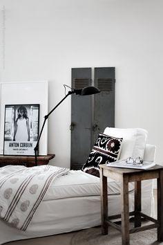 6 Vintage Industrial Family Home Interior Design Ideas Living Room Designs, Living Room Decor, Bedroom Decor, Bedroom Designs, Bedroom Alcove, Bedroom Table, Bedroom Colors, Dining Room, Interior Design Inspiration